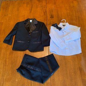 Other - Tuxedo set for toddler boy